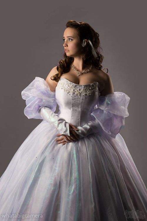 Labyrinth Sarah Ballgown by Ardella Cosplay | The cosplay ... Labyrinth Movie Sarah Dress