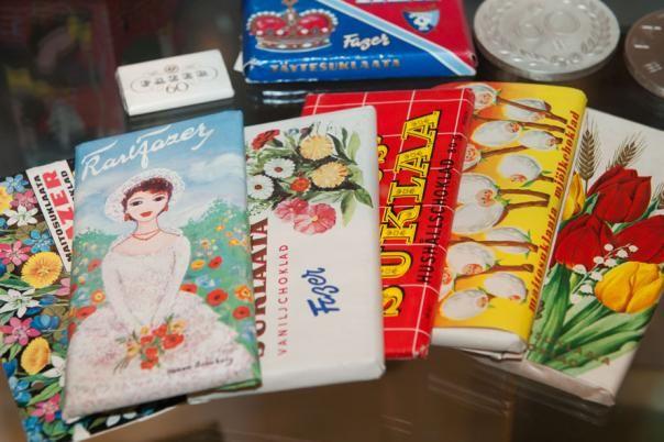 Fazerin suklaalevyjä 1960-luvulta.