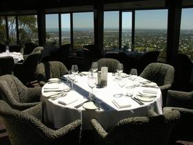 Google Image Result for http://www.planbooktravel.com.au/businesses/sa/adelaide/attractions/windy-point-restaurant/windy_point2_3.jpg
