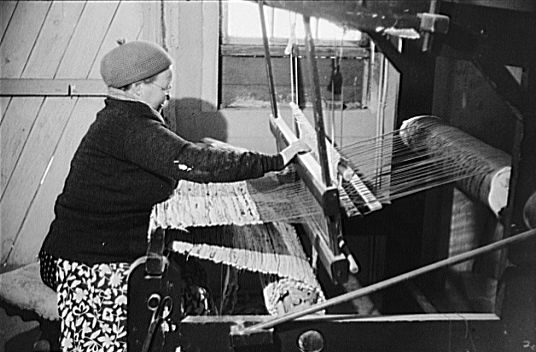 finnish rag-rugging on an old-fashioned loom (picture from 1940). I ...