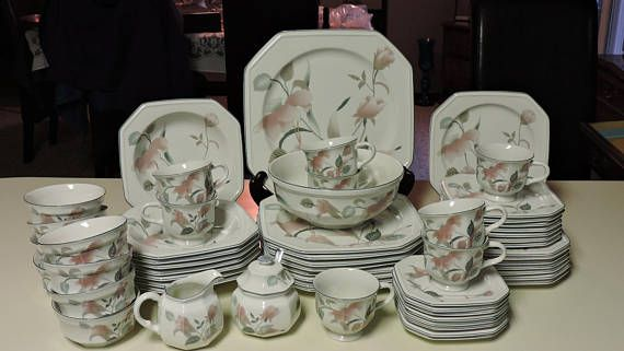 Mikasa Continental SILK FLOWERS Dinnerware 60pcs F3003 Serving