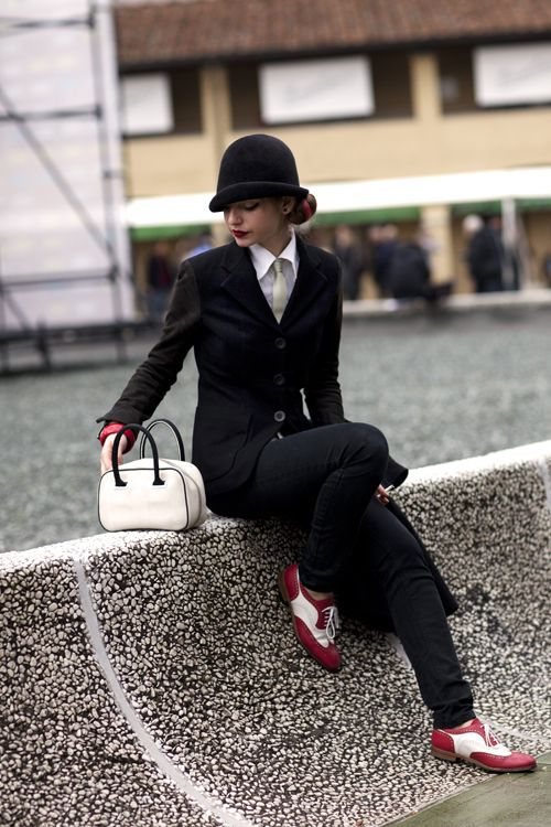 speechless. It's Annie Hall re-worked. The hats comsposition is amazing..and the shoes. My heart has skipped a beat.: