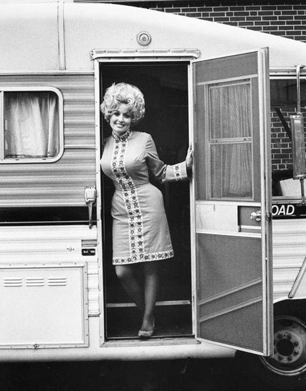 Dolly Parton // Big Hair Glampin'