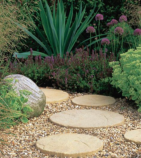 17 best images about garden stepping stones on pinterest Round wooden stepping stones