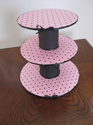 Baby Shower Cakes: Minnie Mouse Cake/Cupcakes & Stand