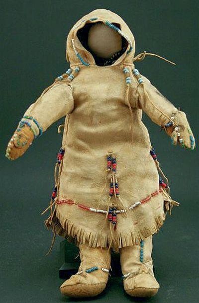 Simple but beautiful Kuchin Doll c. 1890.