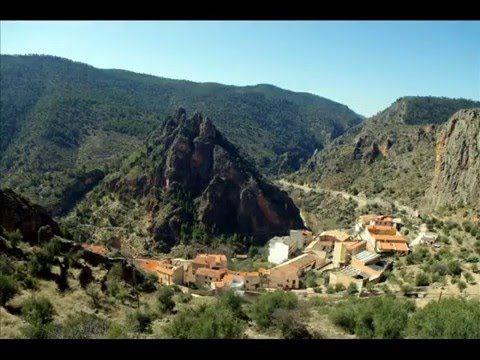 Fotos de: Albacete - Mirador de los Infiernos -  Ayna