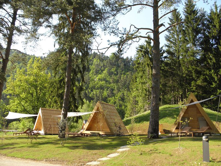 Lushna villa tiny shelters for glamping refugios - Refugios y parasoles camping ...