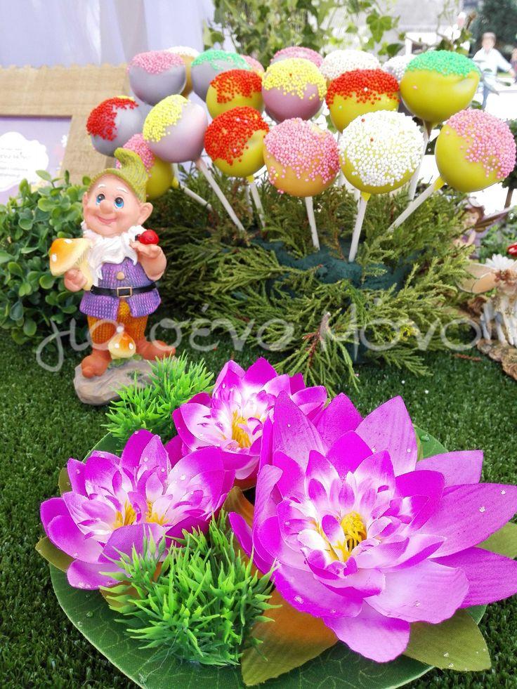Νεράϊδες, ξωτικά και ένα πανέμορφο παραμυθένιο σκηνικό στήθηε γι αυτην την βάπτιση στην Χώρα του Ποτέ με ηρωίδα την Tinkerbell!   Baptism Tinkerbell  #baptism #christening #tinkerbell #fairytale #decoration #ideas #party