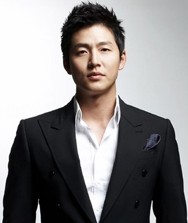 20121211LeeJungJinJYPEntertainment.jpg (620×736)