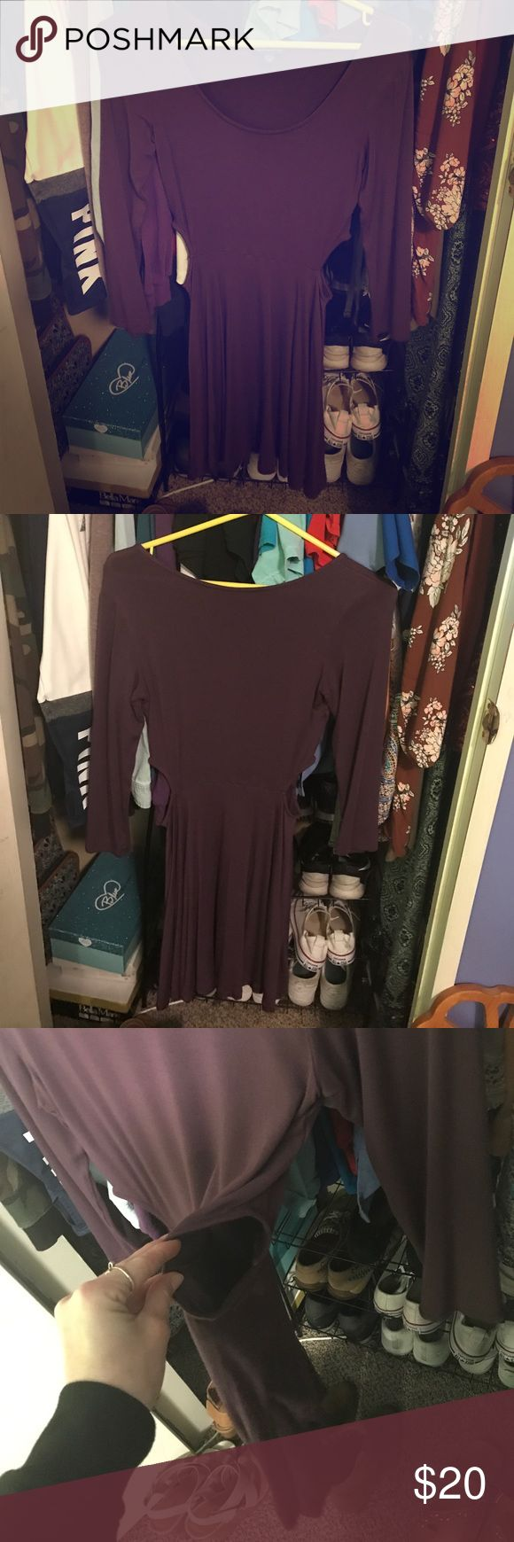 Mauve purple American Eagle long sleeve dress Long sleeved dress that is about mid thigh length. Has two keyhole cut outs on both sides of the dress. Great for layering. Worn about 3 times. Still in great condition. American Eagle Outfitters Dresses Long Sleeve