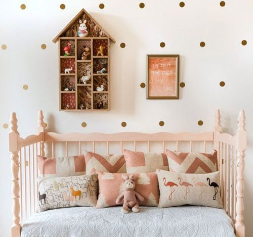 орнамент горошины в детской комнате
