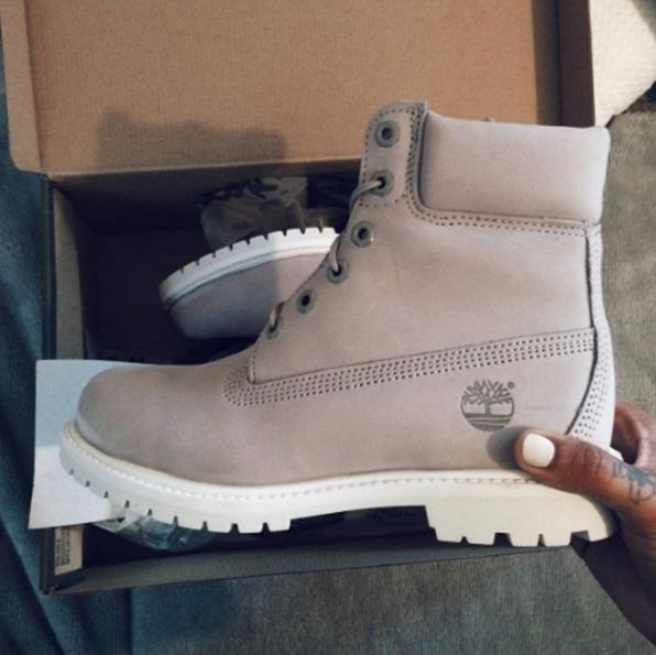 thebokinni showing us some love with the Footasylum Exclusive Womens Timberland 6 Inch Premium Boot in Light Grey.