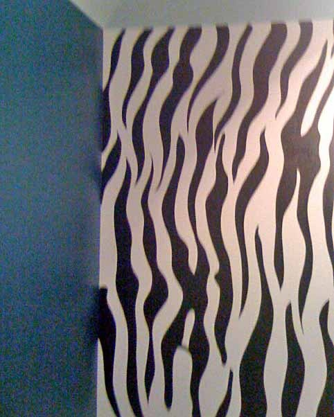 zebra painted wall, why dont i have this? | Mels room