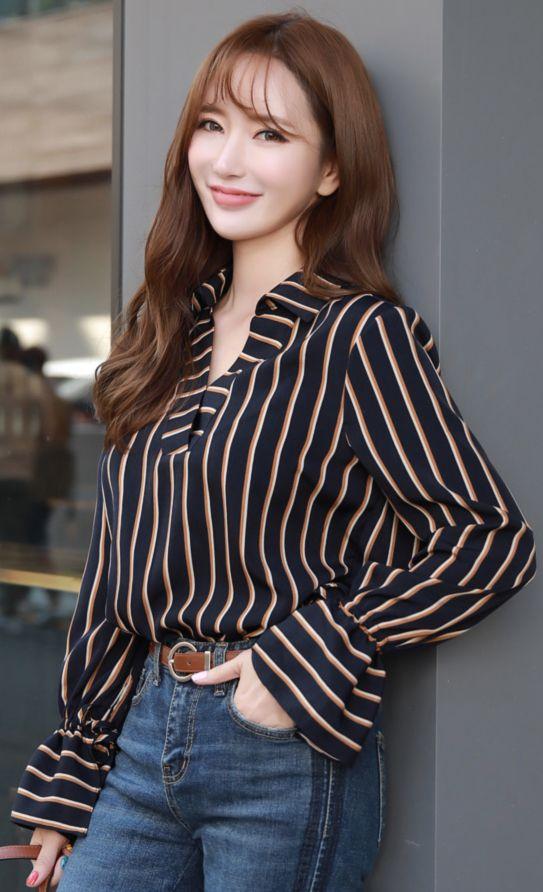 StyleOnme_Pinstripe Bell Sleeve V-Neck Blouse #feminine #pinstripe #blouse #dailylook #koreanfashion #kstyle #kfashion #autumnlook