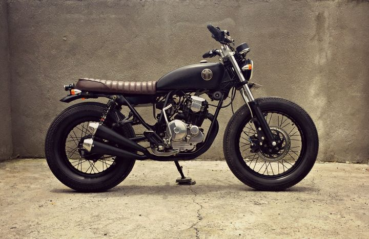 WOW! Awesome Yamaha Scorpio 225 Brat Style by MalaMadre Motorcycles to enjoy the road. Enter and discover. #bratstyle #YamahaScorpio | caferacerpasion.com