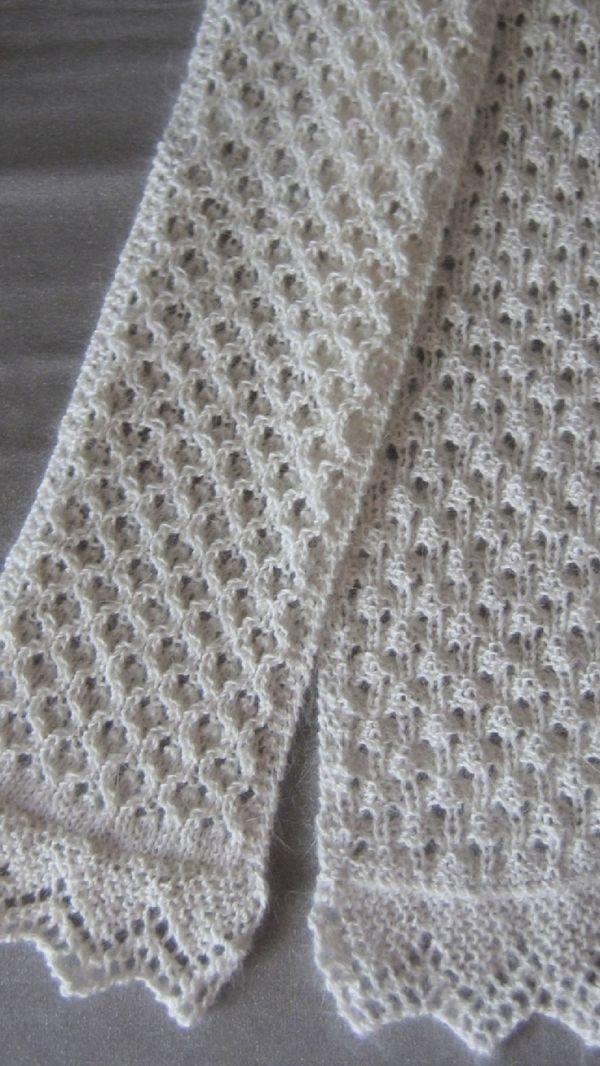 Free Knitting Scarf Pattern by kropeczka