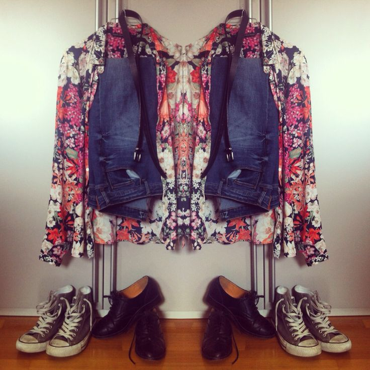 Style blonde camicia a fiori Zara jeans all star converse stringate basse nere ready outfit ootd fashion fashionable