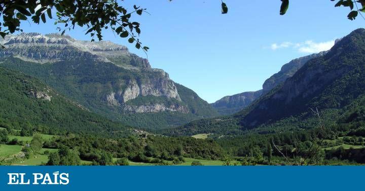 Cinco Valles Casi Desconocidos Del Pirineo Aragonés Folleto Turistico Estaciones De Esqui Ordesa
