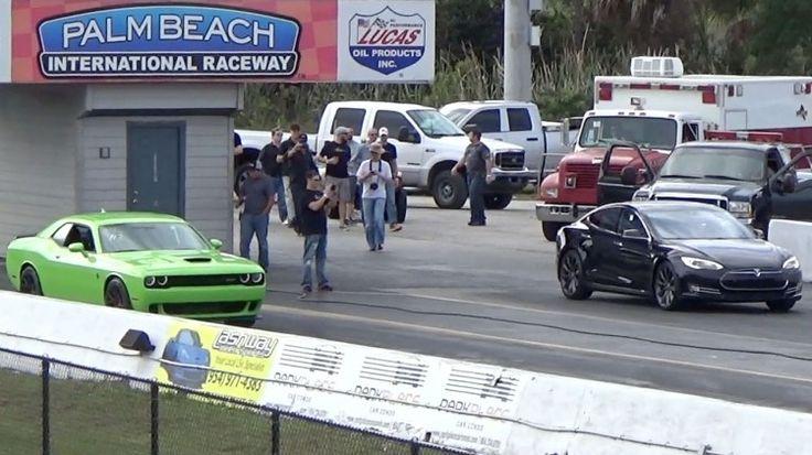 Tesla vs Hellcat --- Tesla Model S P85D Sets 1/4 Mile World Record, Hellcat Chokes and Smokes (w/video)