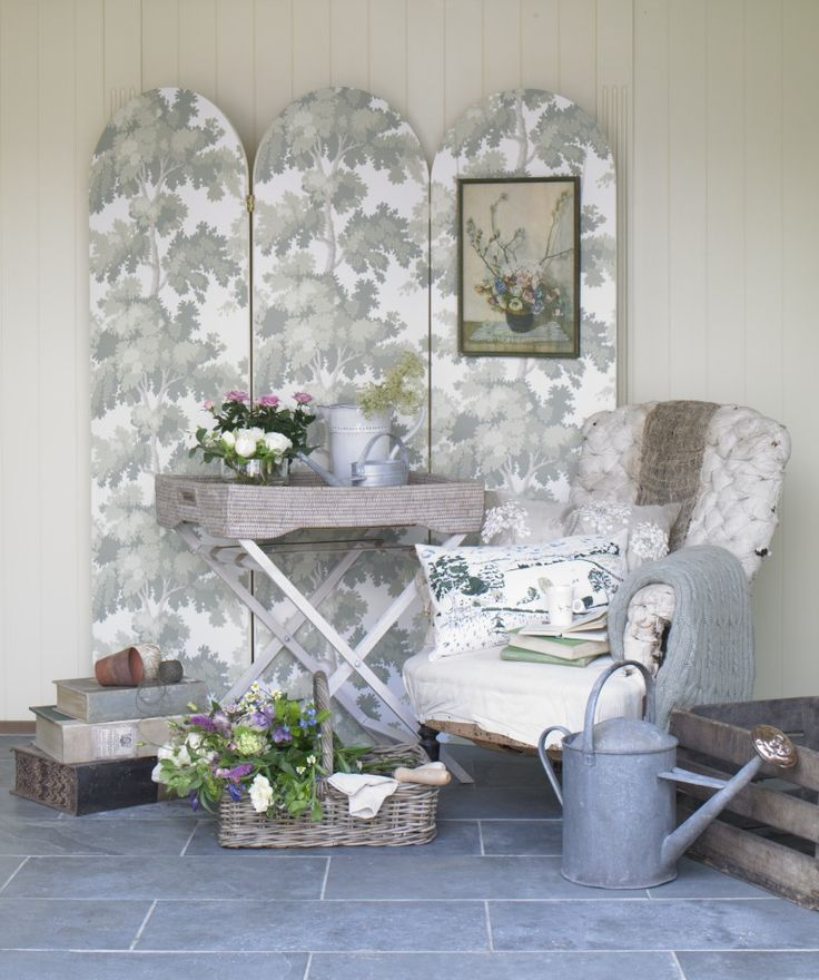 GARDEN ROOM GOODHOMES MAGAZINE JUNE 2011 STYLING EMMA CLAYTON PHOTOGRAPHY OLIVER GORDON