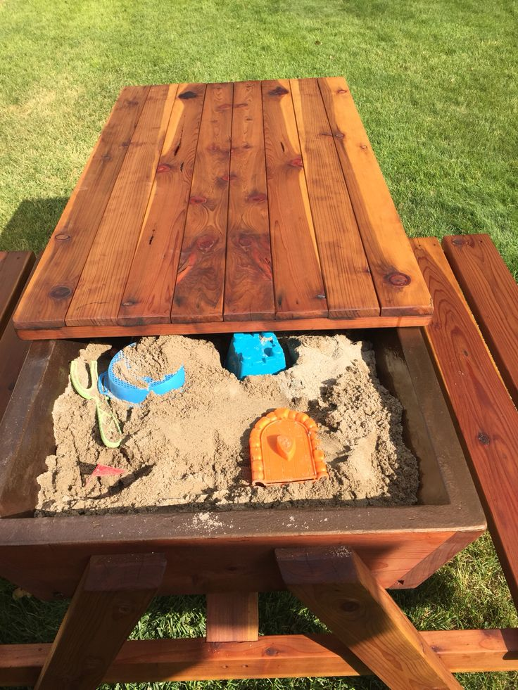 Picnic table with built in sand box for the kids Sandbox picnic table #kids #outdoor #playhouse sensory table