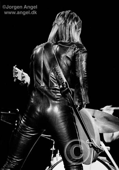 Suzi Quatro 💋 photo by Jorgen Angel