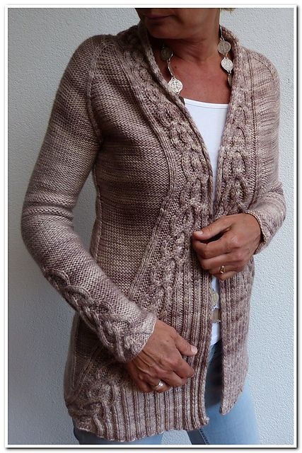 Ravelry: Wink pattern by Hanna Maciejewska