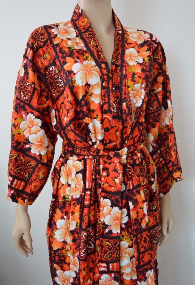 Vintage Cherry Blossom Waikiki Hawaiian Kimono Asian bathrobe robe floral belted #CherryBlossomWaikiki