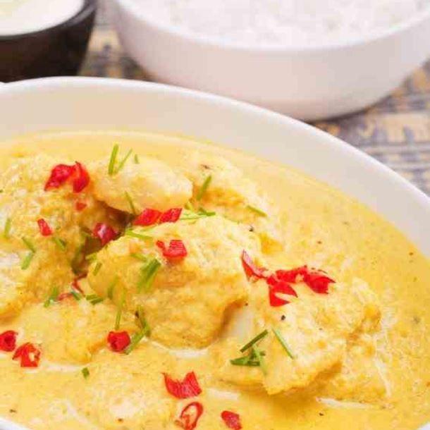 Mijoté de poisson curry et lait de coco