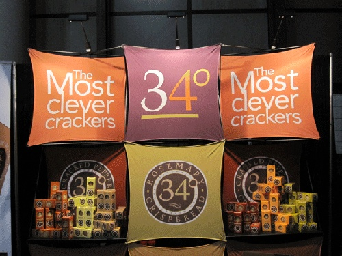 34 curated trade show display designs ideas by kortsigndesign trade show displays sign design - Food booth ideas ...