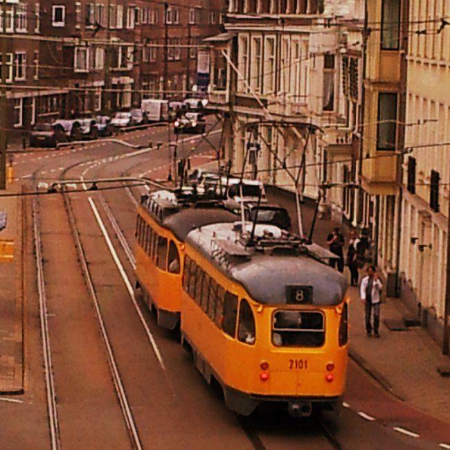 Outydse trem in #DenHaag. Stephanie Turner skryf oor haar besoek aan dié geliefde stad van vrede en geregtigheid. Blaai na bl 40 (23 Jan 2015) #Netherlands #Holland #travel
