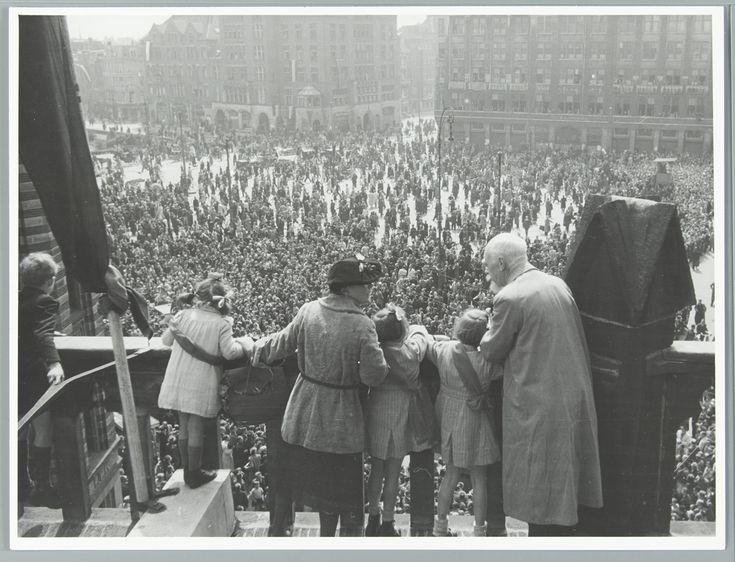 Bevrijding van Amsterdam 8 mei 1945 op de Dam