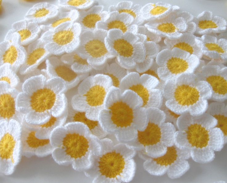 Very Sweet crochet Flowers in white-yellow    The flowers were made with 100% manual work. You can use it for different purposes. The flowers have 4,5cm dimension    Here some examples :  bag,Dresses,pillow,doll dress,Babyblanket,hat,babydress,decoration,