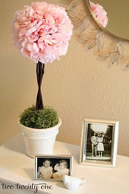 Pink Peony Topiary Tutorial - Two Twenty One     Or floating peony balls      http://www.twotwentyone.net/2011/03/pink-peony-topiary-tutorial/#