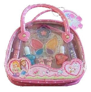"""Size: 7.75"""" x 6"""" x 2"""" Includes: 2 clip on lip glosses w/ charms, flower lip gloss, heart lip gloss, crown lip gloss, & butterly lip gloss w/ jewels all put neatly in a carry case! Perfect for ages 3 -10!"""