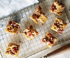 Check out this Shreddies Chocolate Fruit & Nut Teasers recipe from Shreddies.