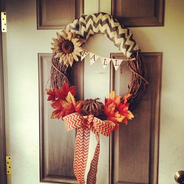 Simple Fall DIY Wreath ❤ @Crystal Garcia @Lacey Dreyer