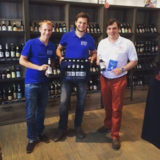 Kaspar und Patrick zu Besuch bei Weyermann Malz in Bamberg! Im dortigen Fan-Shop war BABO blue letzten Monat der Bestseller! #baboblue #weyermann #eigenesding #startup #münchen #munich #freising #bamberg #blauesbier #bier #beer #babozunge