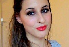 Julielovesmac07 à découvrir absolument sur youtube pour reproduire de fabuleux make up