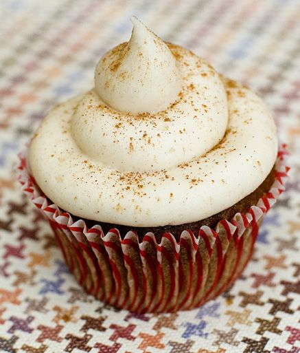 Sweet Potato Cupcakes with Cinnamon-Cream Cheese Frosting