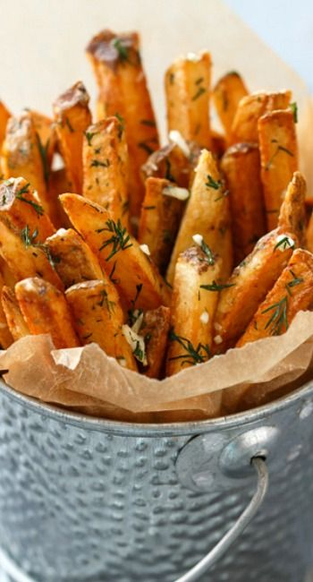 Homemade French Fries with Fresh Garlic and Dill Recipe
