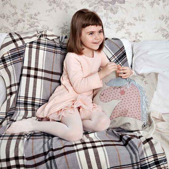 Все любят волшебство, особенно, если не нужно вставть с постели. ПОДУШКА ДЕКОРАТИВНАЯ ЕДИНОРОГ Артикул: R2832 https://razverni.com/catalog/goods/podushka-dekorativnaya-edinorog/