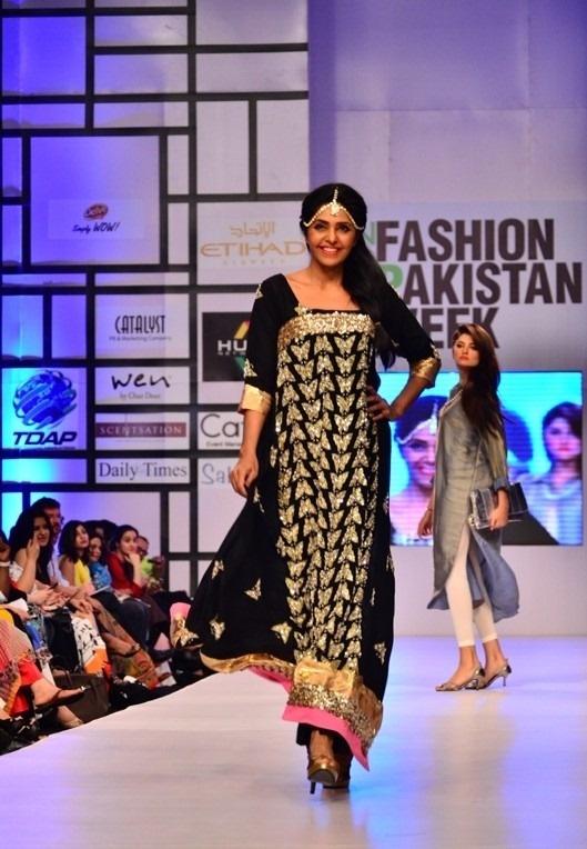 Ayesha Farook Hashwani & Pinx at Fashion Pakistan Week (FPW) 2012 - Asian Wedding Ideas