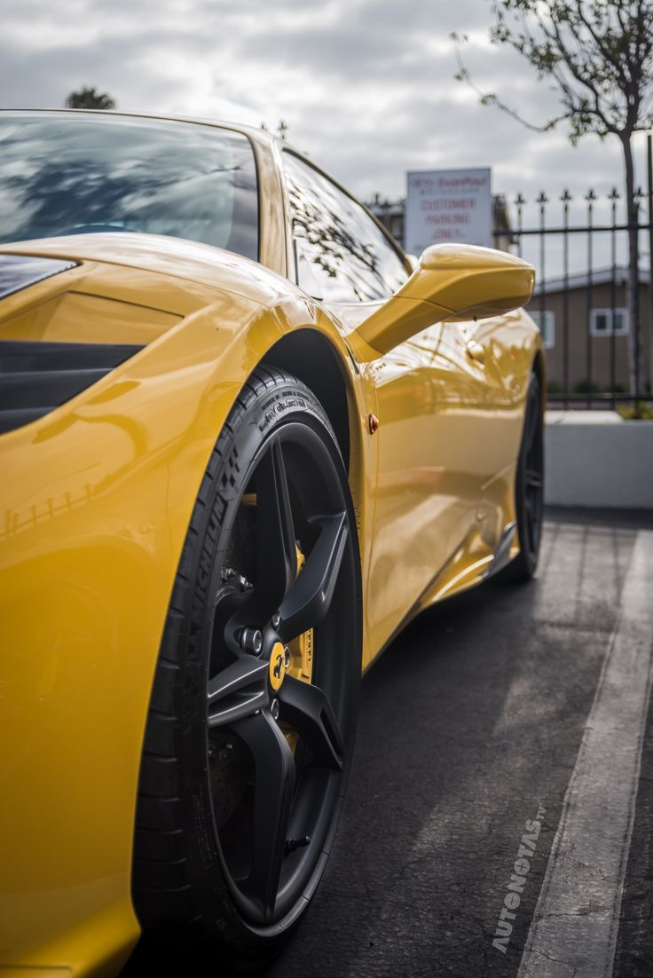 Ferrari 458 Speciale!  • Your perfect iPhone wallpaper!