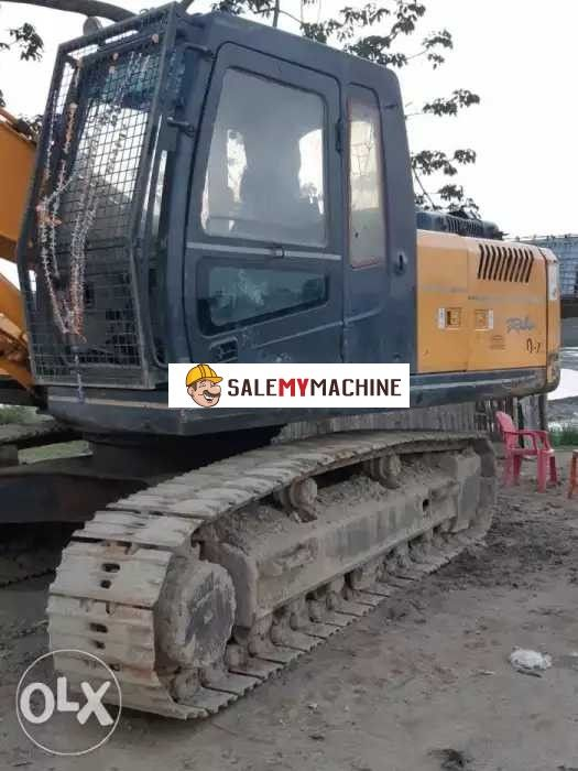 used EXCAVATOR HYUNDAI 210 for sale in odisha,india at