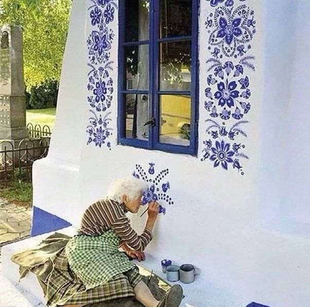 The Czech Grandma Who Paints Her Village ... Just WOW! #ArtsAndHealth #ArtsAndAging