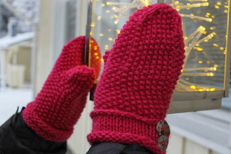 woof&stitch -käsillä tekevän blogi: Helmineulelapaset