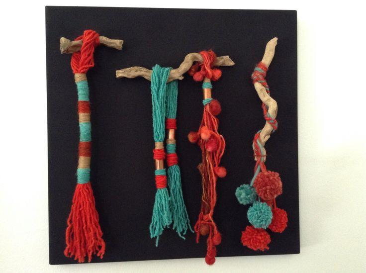 Fiber Art. Cuadro hecho con ramas de rio, lana, lino y cobre.