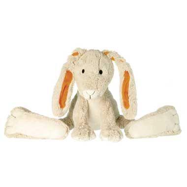 Twine het konijn pluche 31 cm  Twine wordt jouw allerbeste vriendje. Knuffelen met hem is het allerleukste want hij is echt heerlijk zacht. Twine is 31 cm hoog en is crème van kleur. In zijn lange oren zit oranje verwerkt.  EUR 14.99  Meer informatie